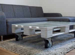 Ein Tisch aus Paletten: Eine Anleitung