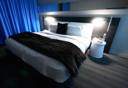 Welche Wandfarbe Zu Dunklen Möbeln? Schlafzimmer Dunkle Farben